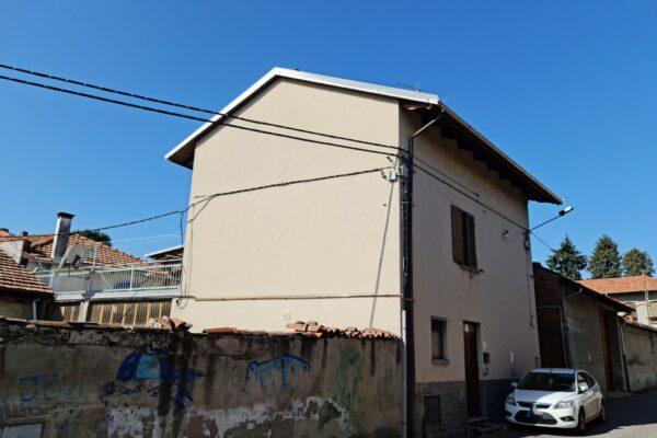 Biella - casa con terrazzo