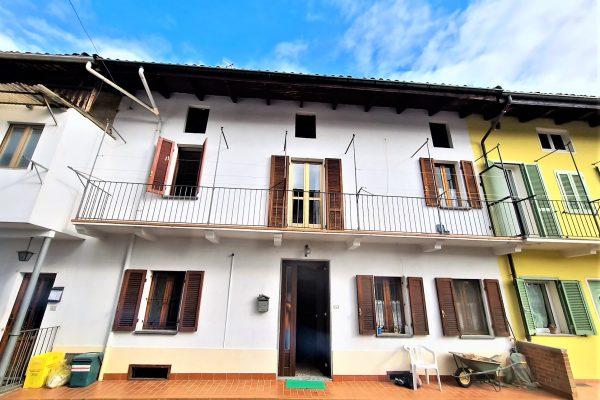 Biella - casa centro schiera