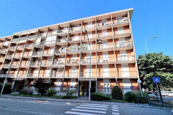 Biella - alloggio 4 locali